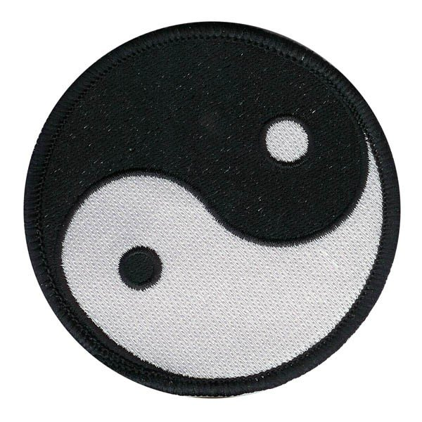 Escudo bordado Ying Yang